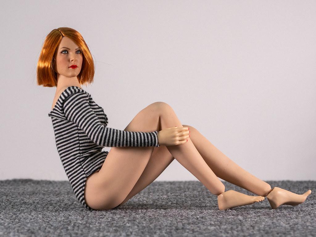 Phicen Female Posing Guide 49705365536_789cfffba6_b