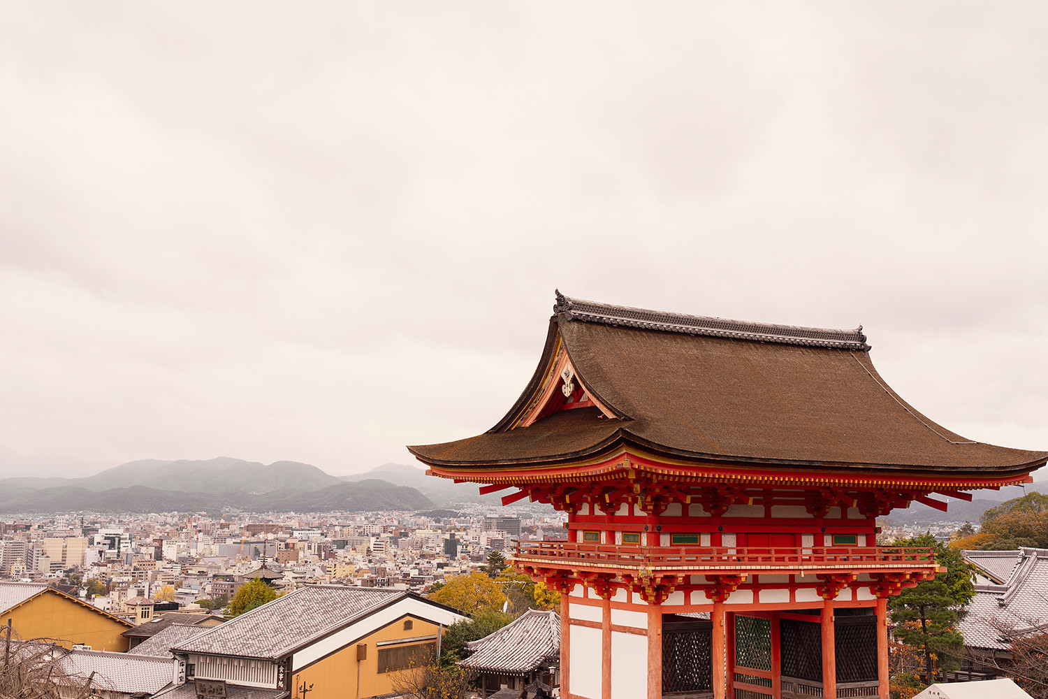 15kyoto-kiyomizudera-temple-shrine-japan-architecture-travel