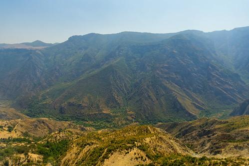 2019 august summer август лето армения armenia гора mountain cablewaywingsoftatev wingsoftatev cableway татевскаяканатнаядорогакрыльятатева крыльятатева татевскаяканатнаядорога канатнаядорога