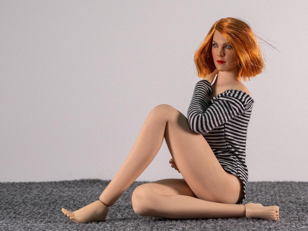 Phicen Female Posing Guide 49705682762_e5a42d044a_b