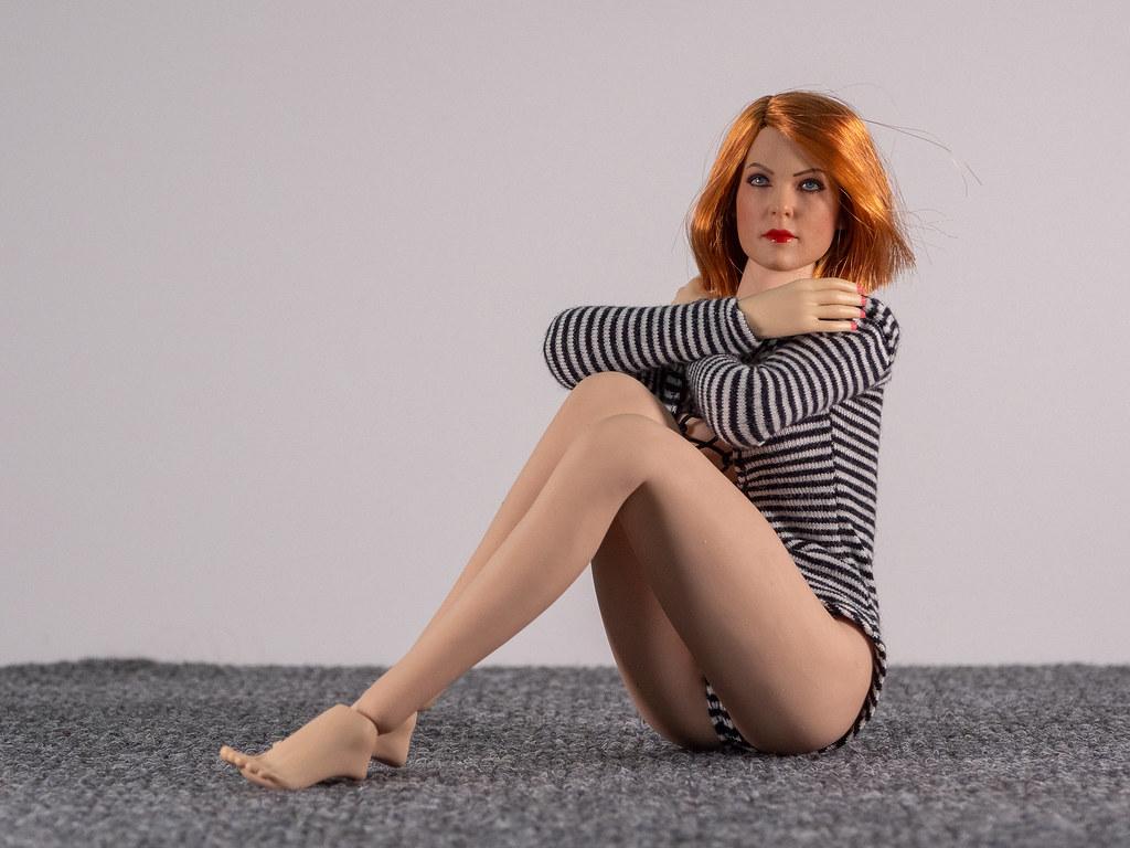 Phicen Female Posing Guide 49705682872_a95db61b72_b