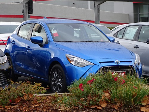 2020 Toyota Yaris Hatchback Photo