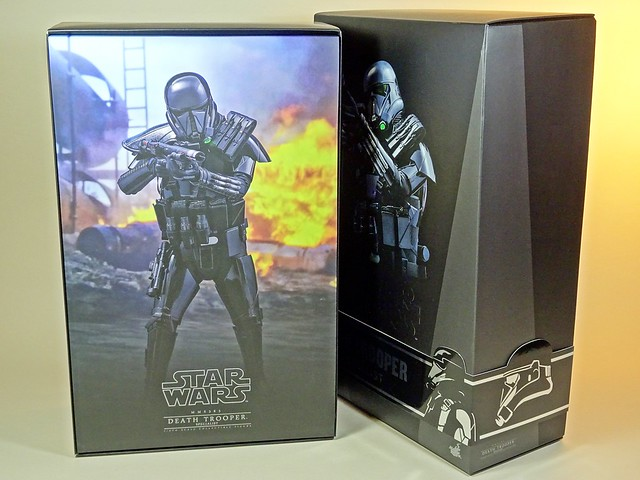 Snap Quick Unboxing – Hot Toys – MMS385 – Star Wars – Rouge One – Death Trooper Specialist – Box Inner Flap