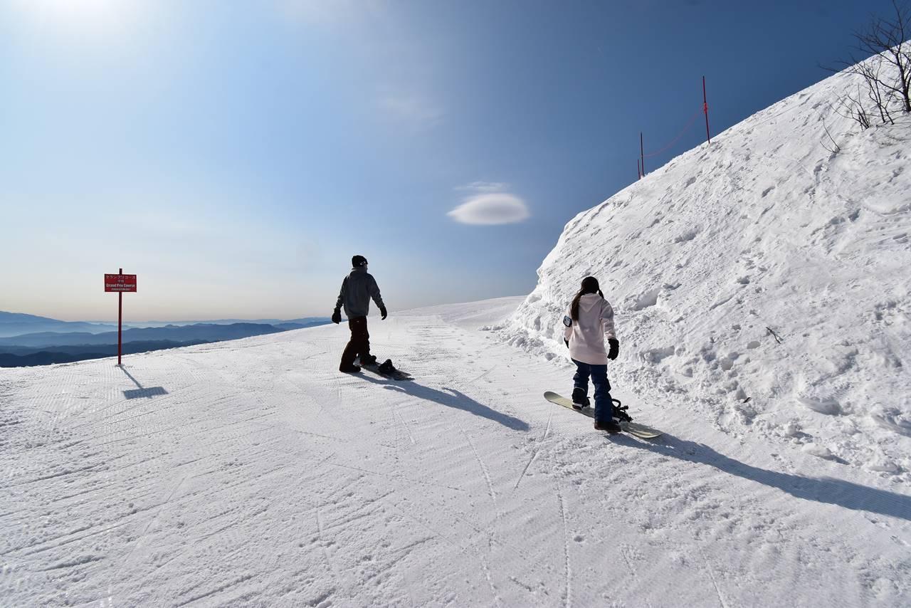 エイブル白馬五竜スキー場から遠見尾根へ