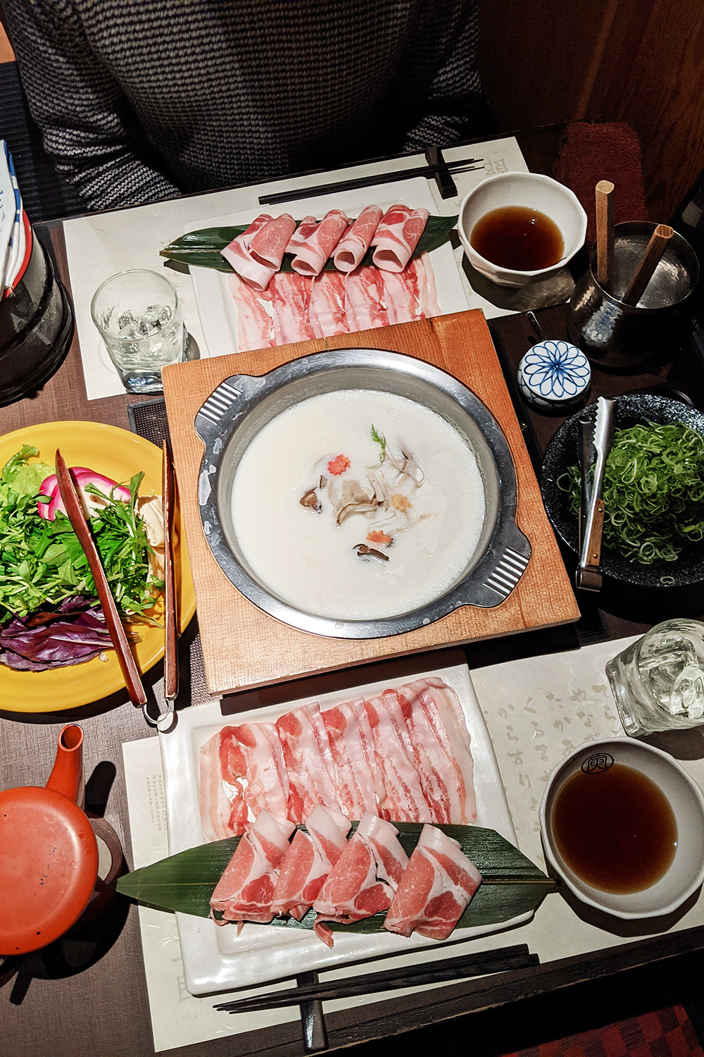 48kyoto-japan-torataro-shabushabu-food-travel