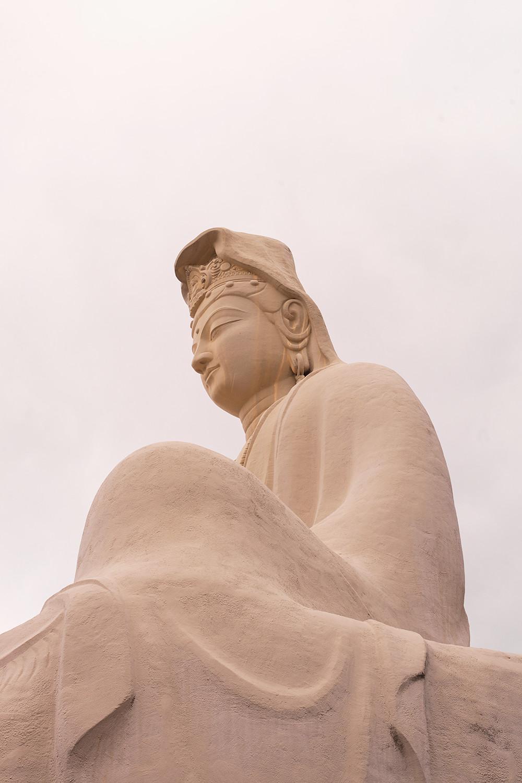 26kyoto-ryozenkannon-memorial-architecture-japan-travel