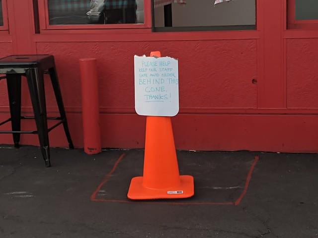 Stand behind the cone sign, pizza restaurant, Burbank, California, USA..jpgjpg
