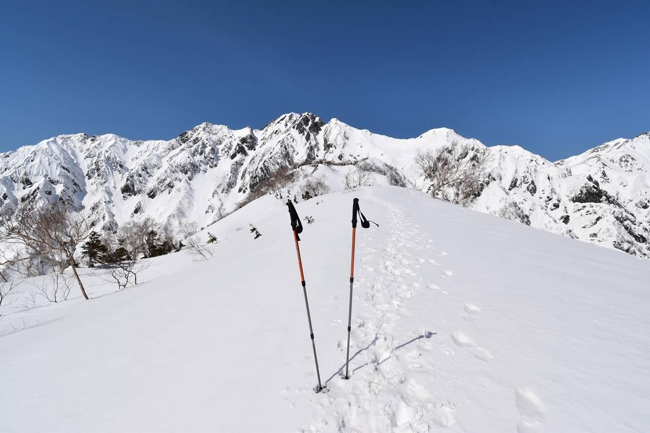 雪の遠見尾根登山 日帰りスノーハイク