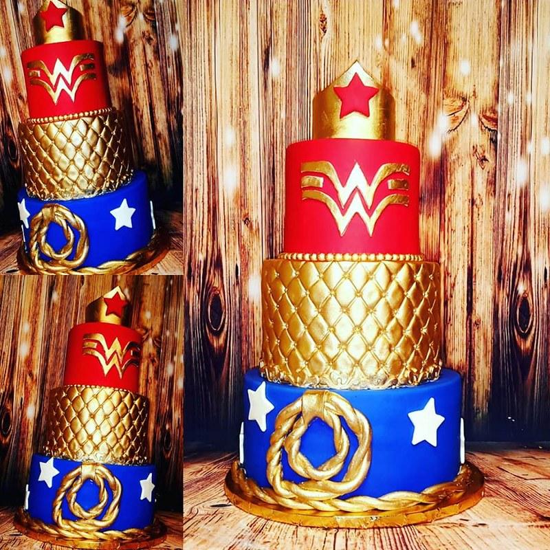Cake by Sugar Mama Cakes
