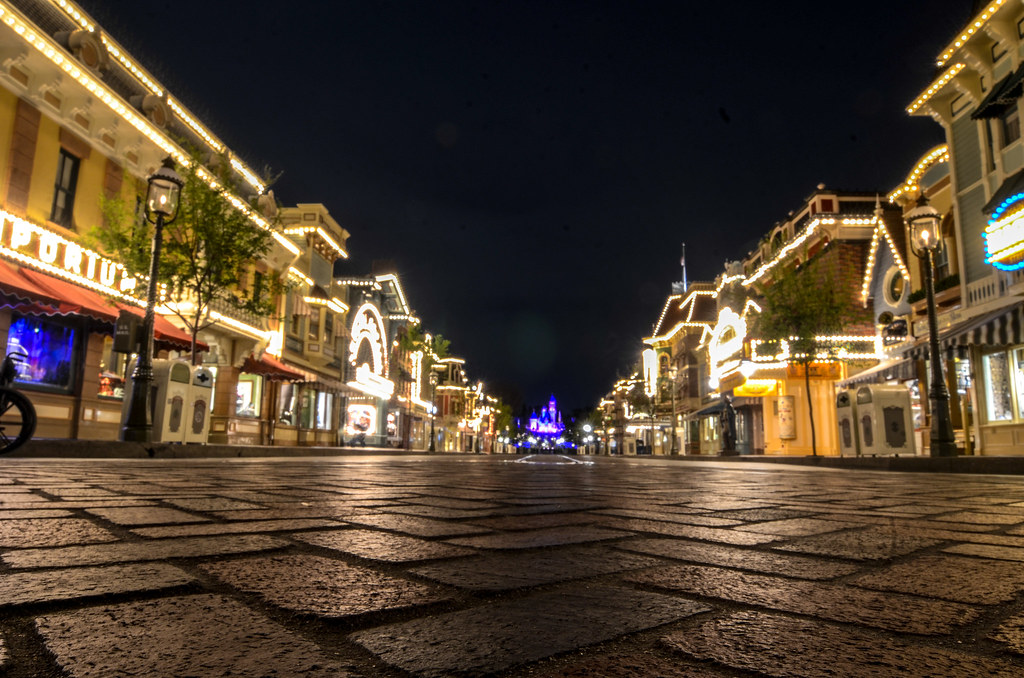 Main Street, Night