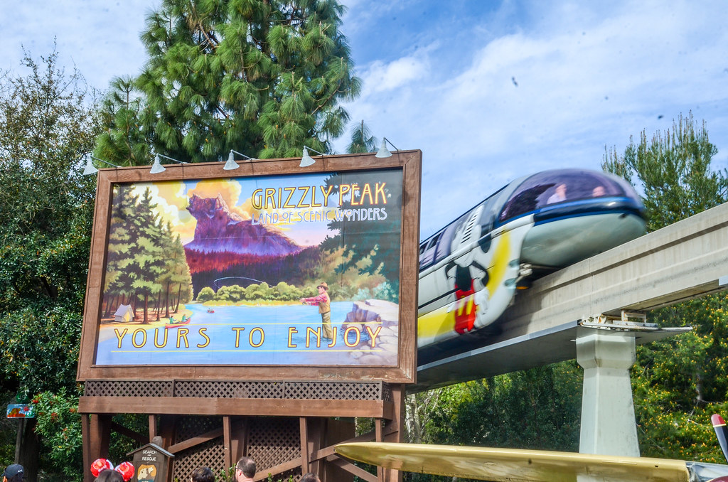 Grizzly Peak Sign