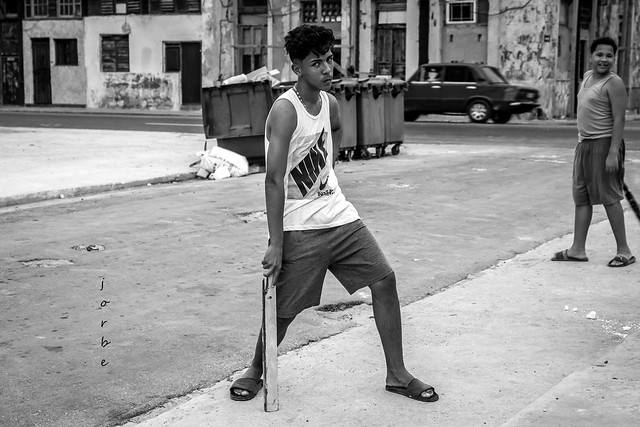 being macho in Havana
