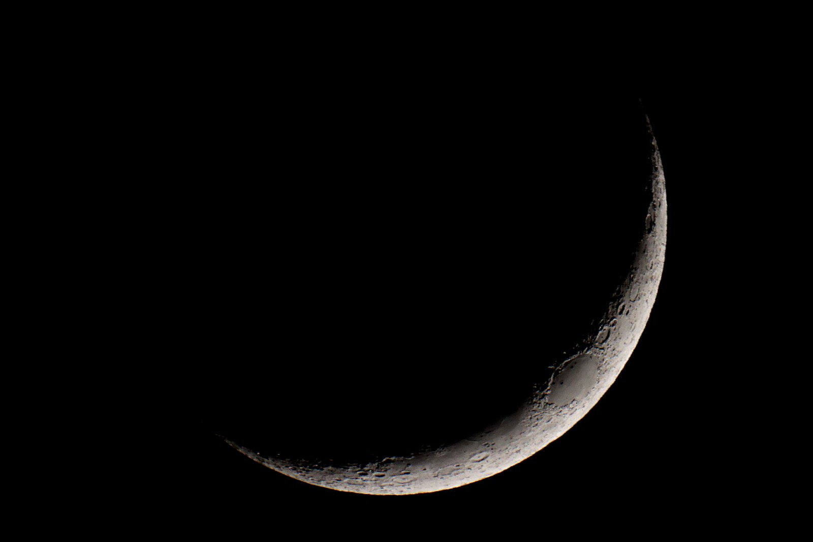 Waxing crescent Moon Friday 27 March 2020