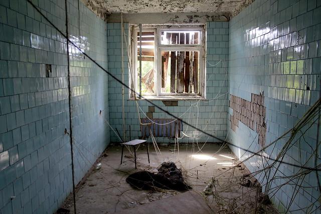 Procedural room at Skrunda-1 hospital.