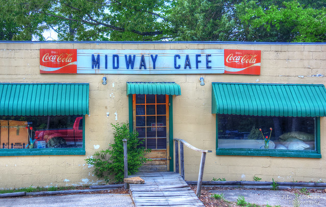 Midway Cafe (closed) - Decaturville, Tennessee