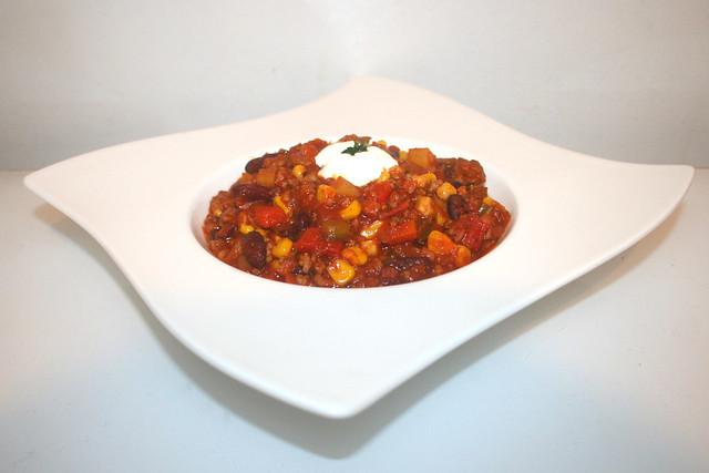 39 - Chili con Carne - Side view / Seitenansicht