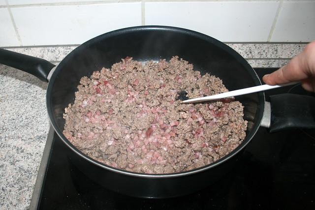 15 - Speckwürfel anbraten / Fry bacon