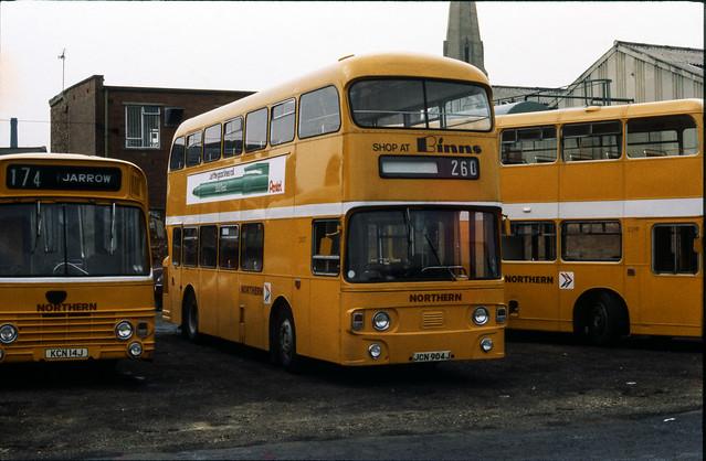 Daimler Fleetlines @ Jarrow Depot, c. 1979 [slide 7908]