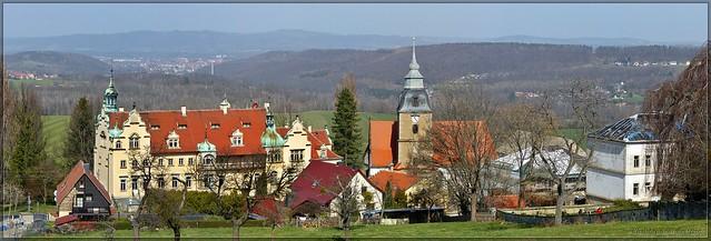 Schloss und Dorfkirche zu Großcotta bei Pirna