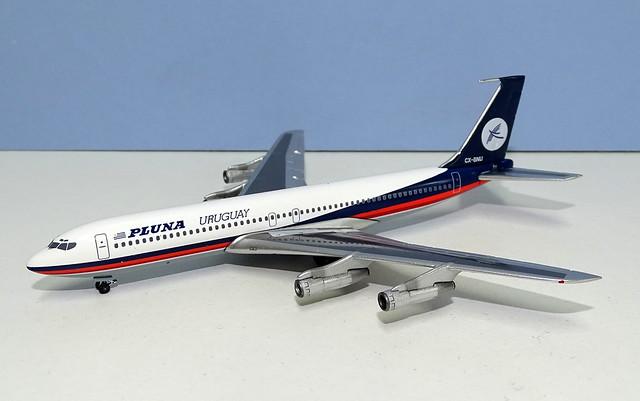 PLUNA Boeing 707-387B CX-BNU