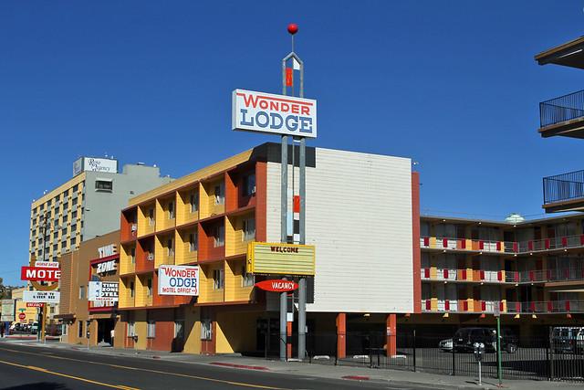 Wonder Lodge