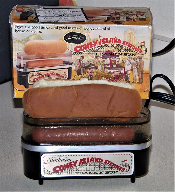 Sunbeam Coney Island (Hot Dog) Steamer, Sunbeam Corporation, Chicago, Illinois.  (circa 1978)