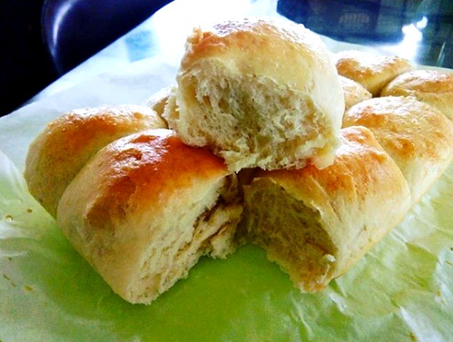 Melissa's dinner rolls