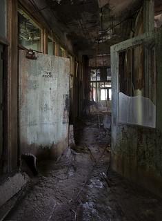 Tub Room LV4A1160