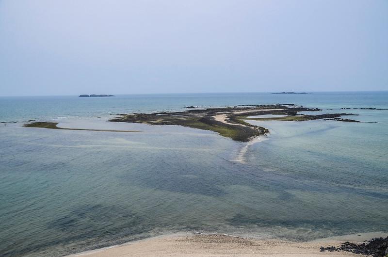 奎壁山山頂北望番黍仔尾嶼(前)、雞善嶼(後左)、錠鉤嶼(後右) (6)