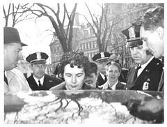 Anti-nuke women arrested at the White House: 1962