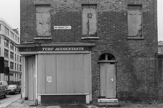 Micawber St, Hoxton, Hackney 86-7f-66_2400
