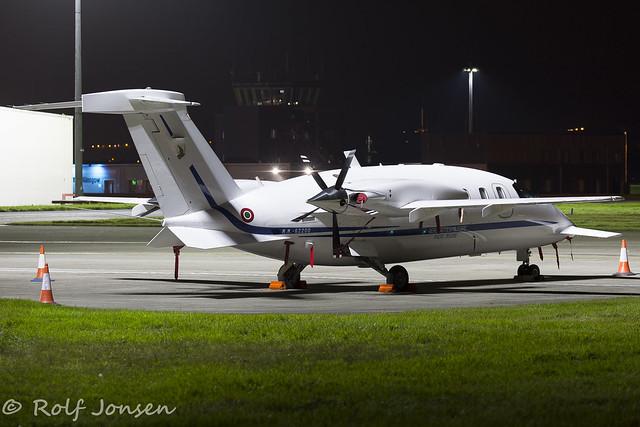 MM-62200 Piaggio P-180 Avanti Italian airforce Glasgow airport EGPF 28.10-16