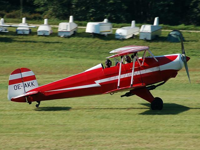 OE-AKK Bucker-Lerche R-180