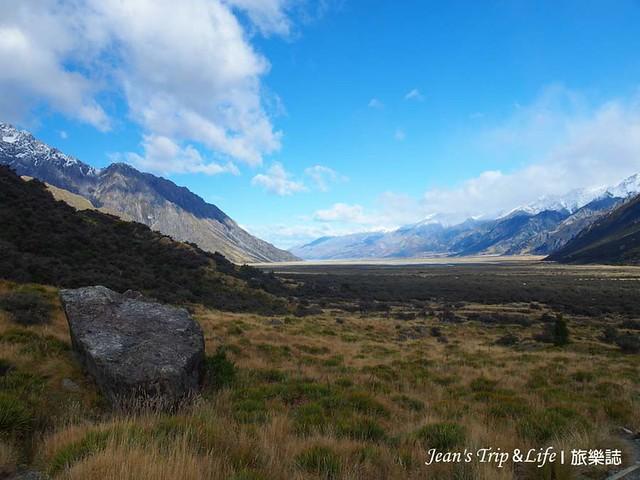 庫克山胡克山谷步道 Hooker Valley Track是紐西蘭十大單日熱門健行步道之一
