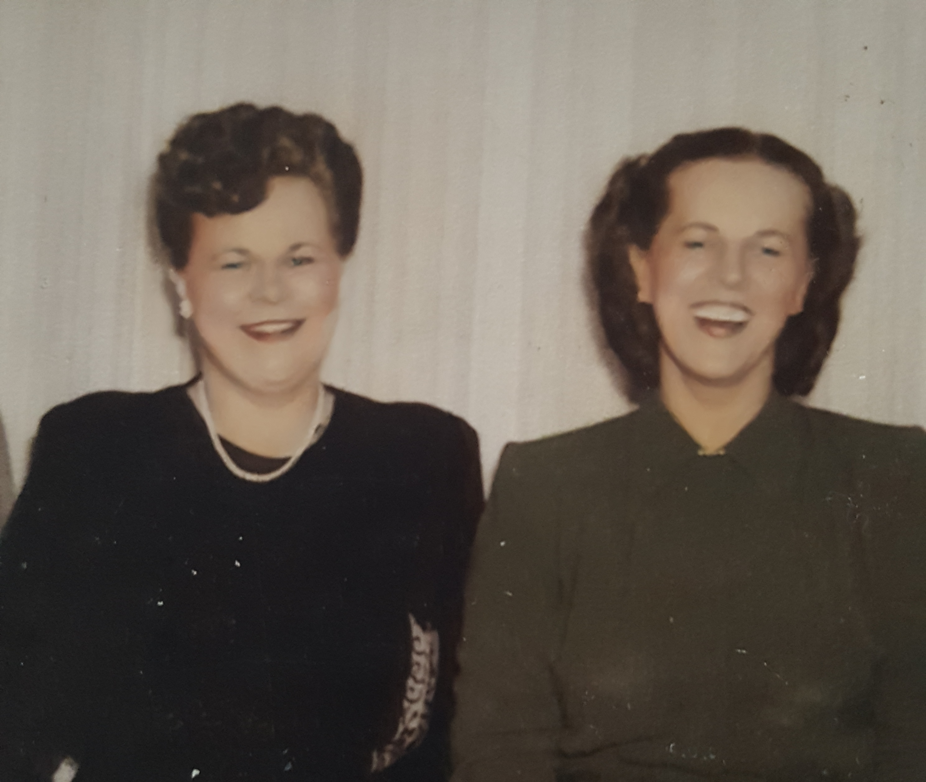 Marjorie and Dorothy Hallgren