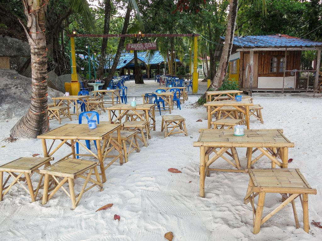 Beautiful white sands at Pattaya beach