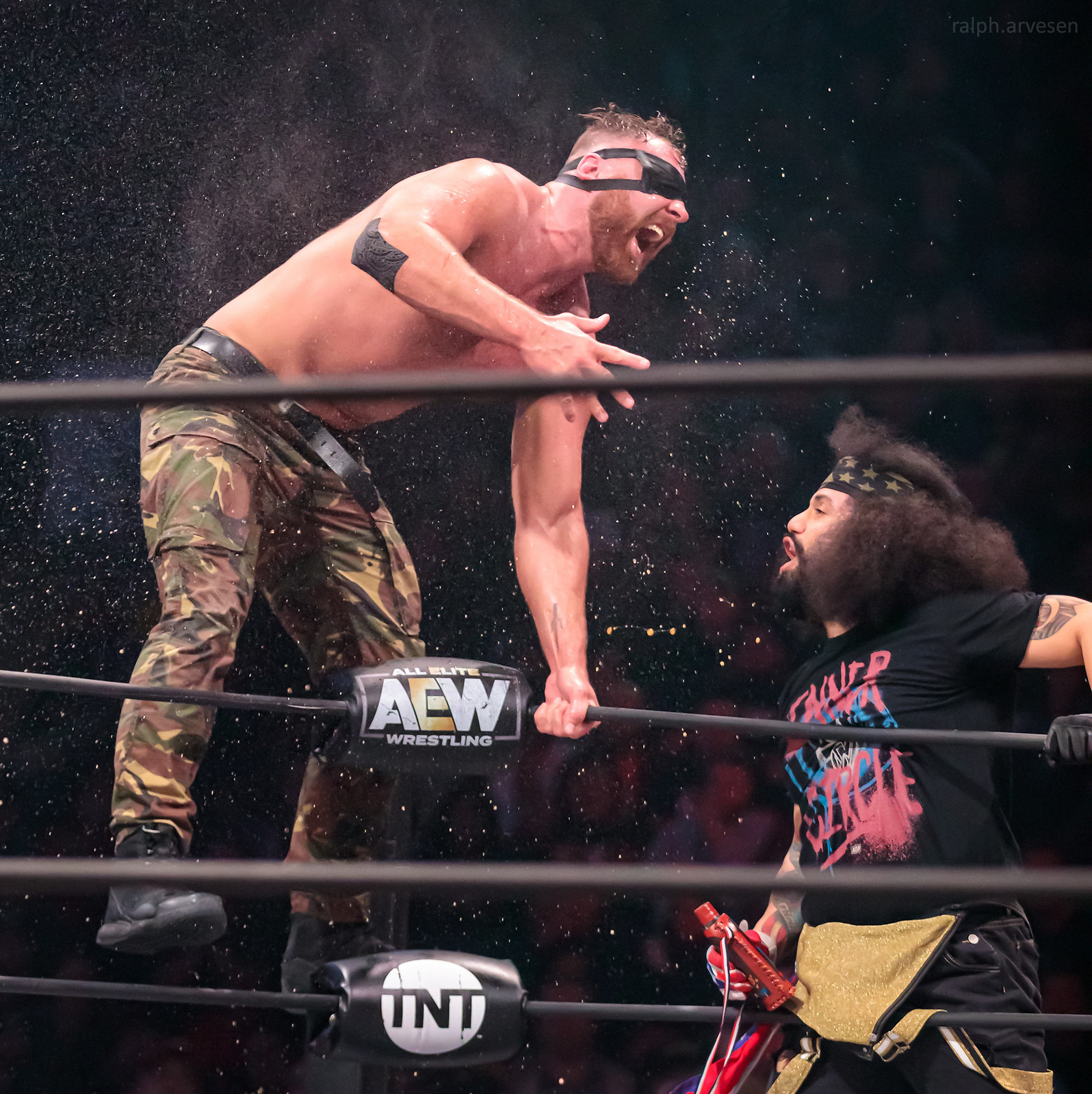 All Elite Wrestling match between Jon Moxley and Santana | Texas Review | Ralph Arvesen