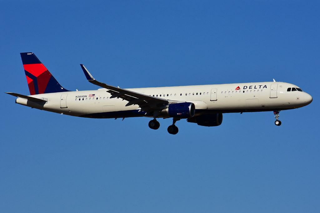 N389DN (Delta Air Lines)