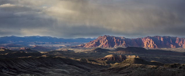 Southern Utah's Red Cliffs (Explored)