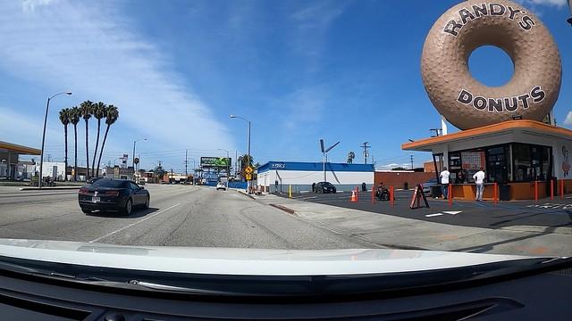 Randy's Donuts LA