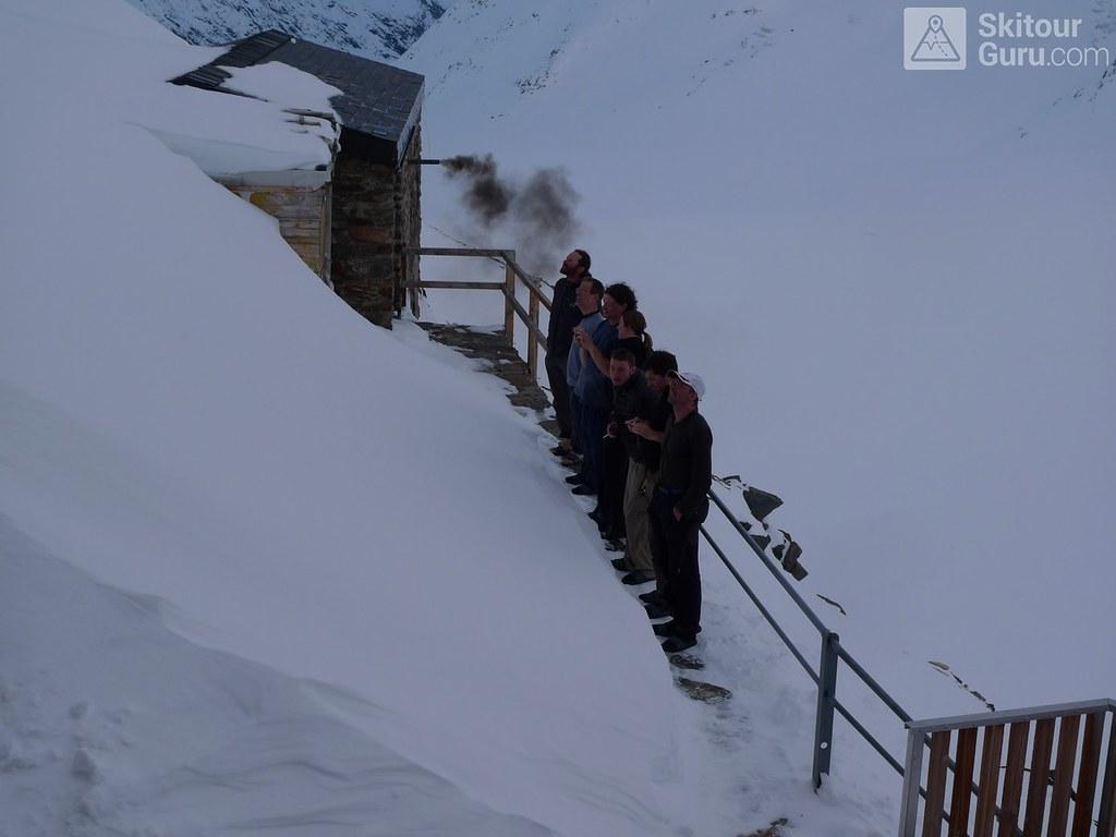 Finsteraarhornhütte Berner Alpen / Alpes bernoises Schweiz foto 09