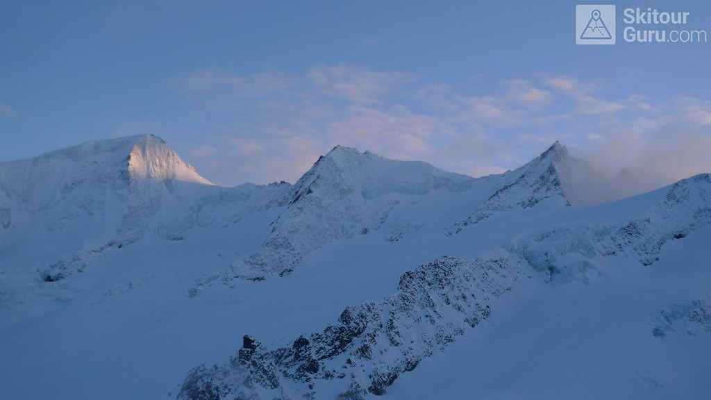 Finsteraarhornhütte Berner Alpen / Alpes bernoises Schweiz foto 21