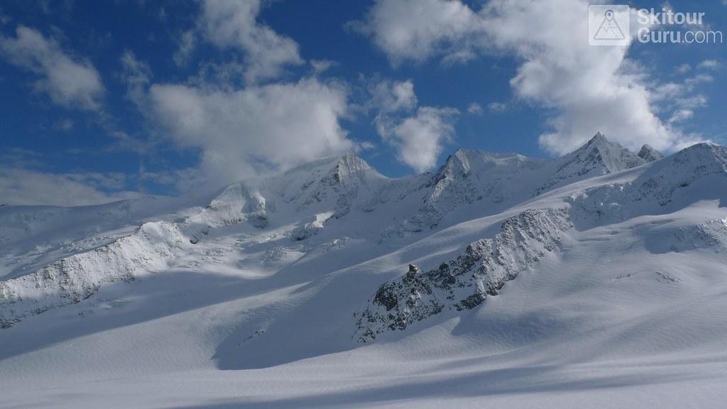 Finsteraarhornhütte Berner Alpen / Alpes bernoises Schweiz foto 08