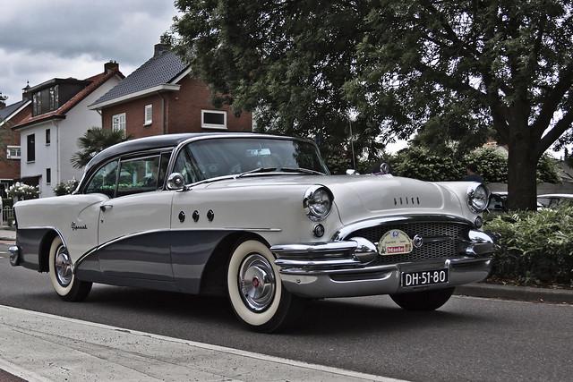 Buick Special Riviera Hardtop 1955 (6230)