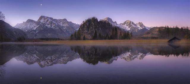 _DSC5398_99 Enjoying the twilight at the lake Almsee / Upper-Austria
