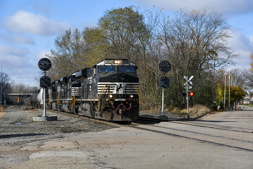 nscorp ns170 norfolksoutherncorp nikonphotography nikond500 crestlineohio ns7612