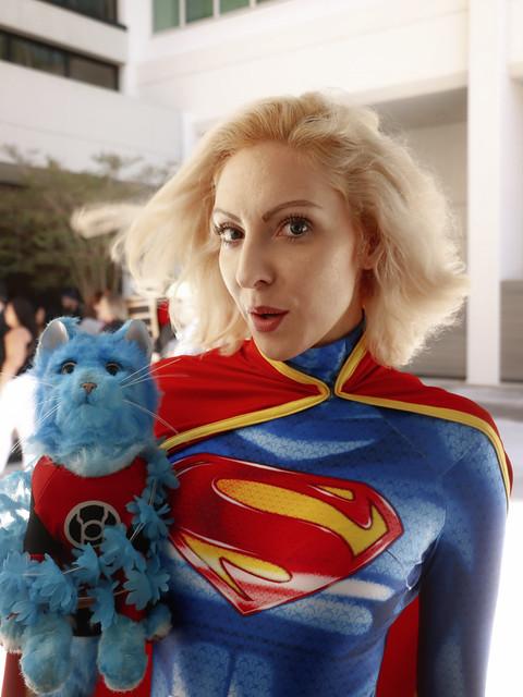 Supergirl with Dex