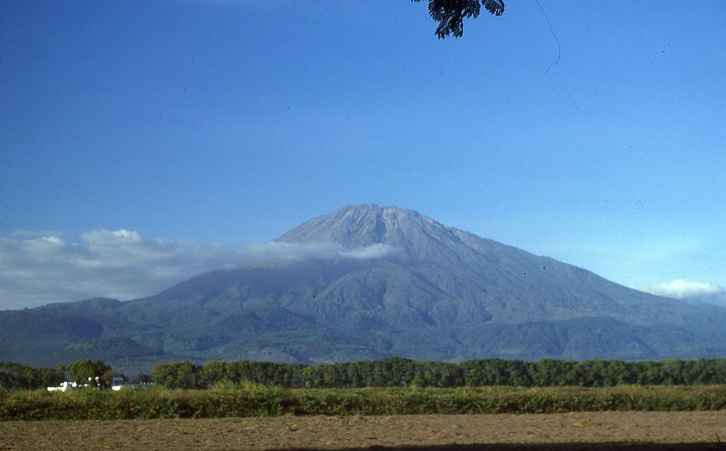 Mount Meru (2)