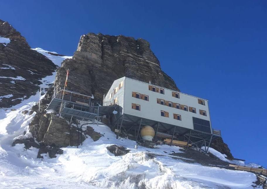 Mönchsjochhütte Berner Alpen / Alpes bernoises Švýcarsko foto 07
