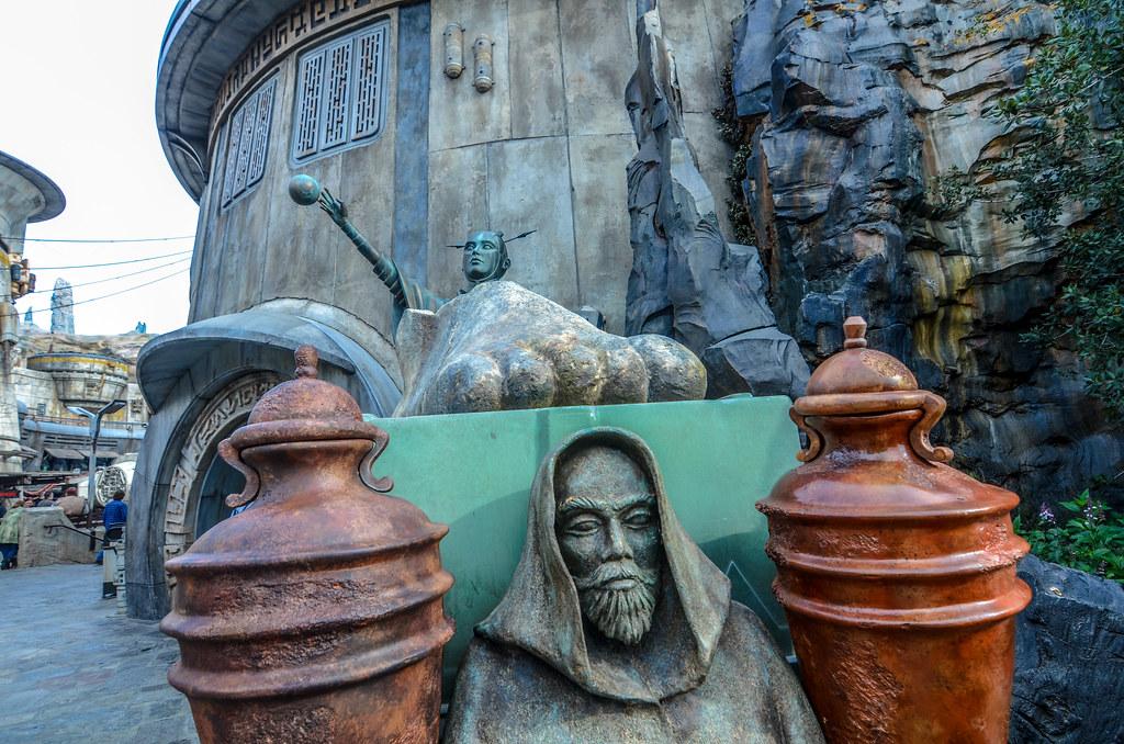 Statues SWGE DL